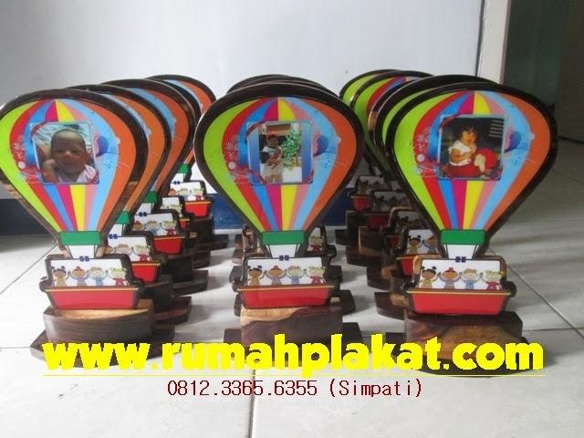 Cari Plakat Kayu, Plakat Kayu Laser, Vandel Kayu Murah, 0856.4578.4363 (IM3)