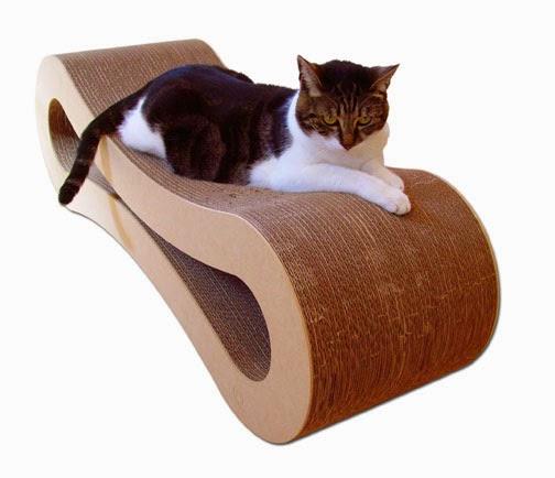 Tumbona de Carton Reciclable par Gatos