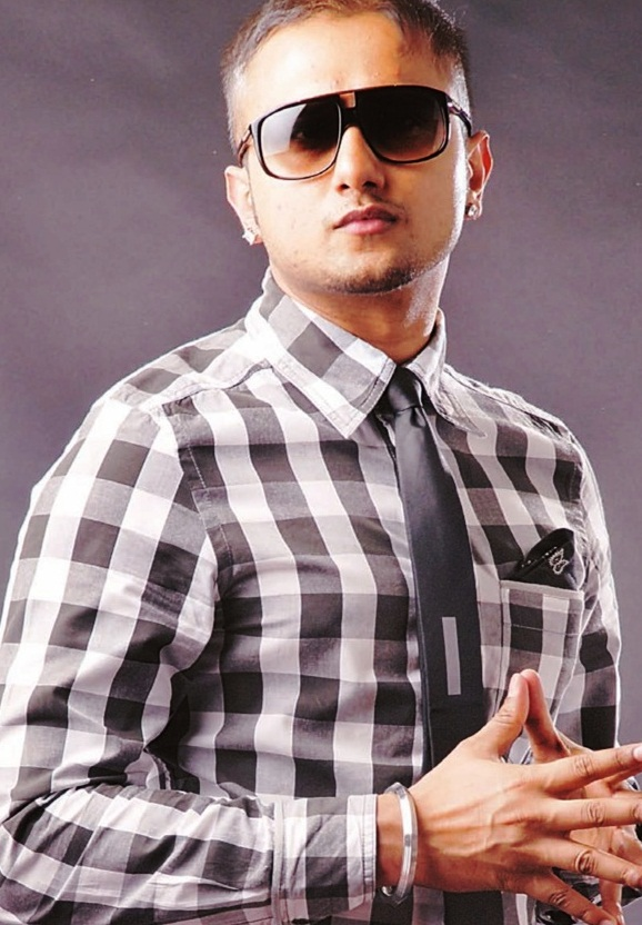 Honey Singh denies writing offensive lyrics after backlash