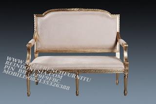 Jual mebel jepara,mebel ukir jati jepara,sofa jati jepara furniture mebel ukir jati jepara jual sofa tamu set ukir sofa tamu klasik set sofa tamu jati jepara sofa tamu antik sofa jepara mebel jati ukiran jepara SFTM-55035 Sofa Classic Jati Gold leaf