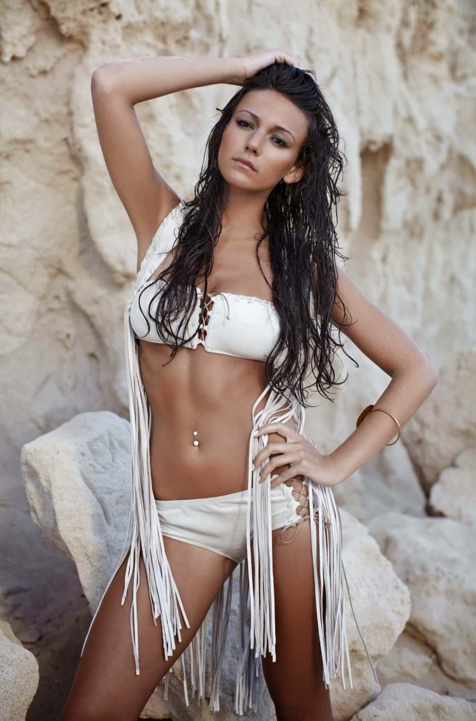Michelle Keegan photo 003