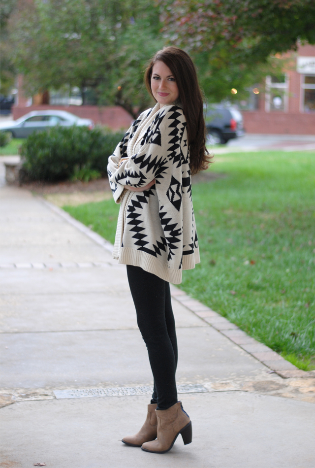 Southern Curls & Pearls Aztec Sweater Giveaway