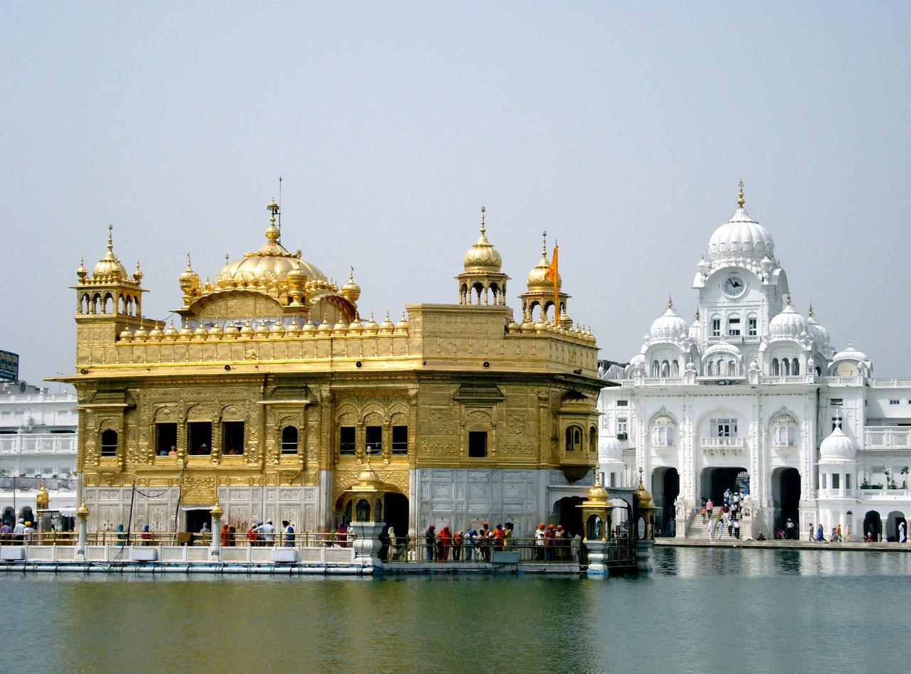 Essay on golden temple