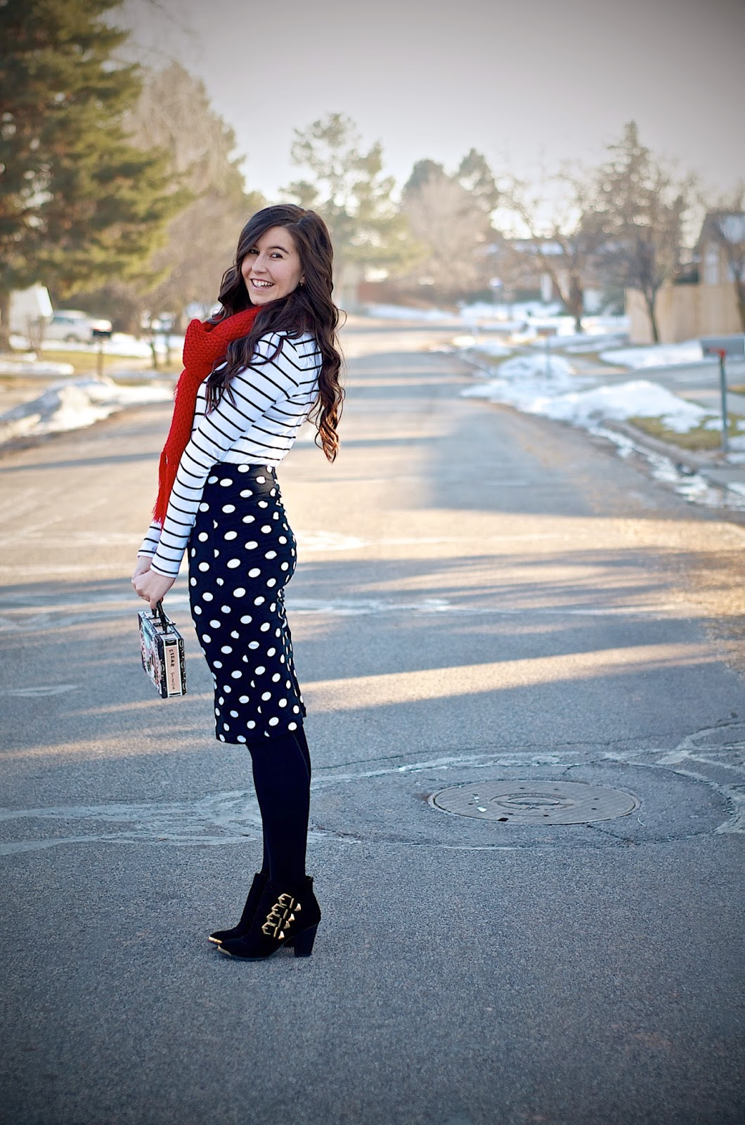 polka dot skirt, striped shirt, black and white outfit, ankle booties, ankle boots, red scarf, forever 21 skirt, forever 21, polka dot, hm clothing,