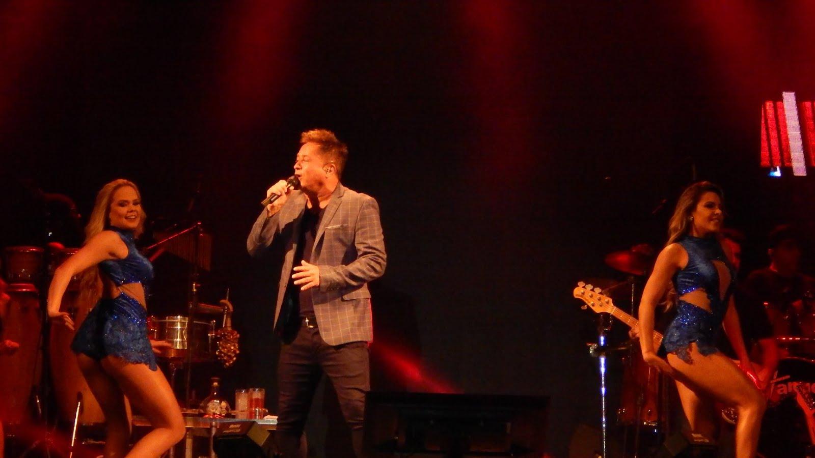 Turnê Canto Bebo E Choro🍷🍷 Leonardo em  MANDAGUARI/PR12/10/2018