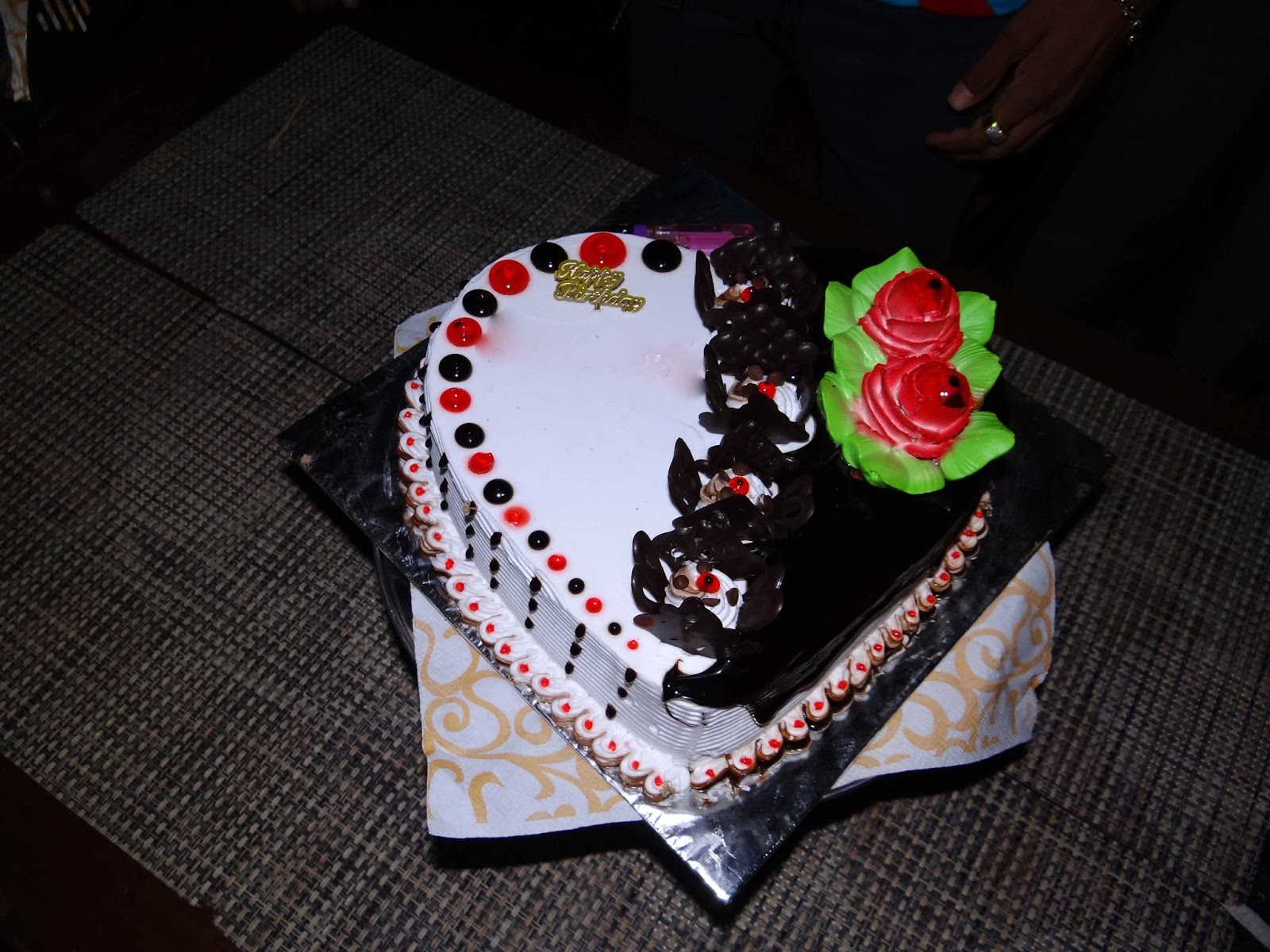 Download Latest Cake Images : Lovable Images: Happy Birthday Greetings free download ...