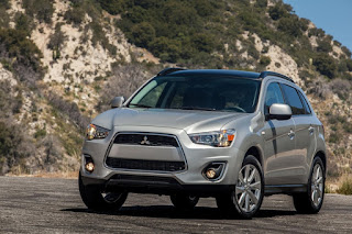 While pop lacks, Outlander Sport changes work