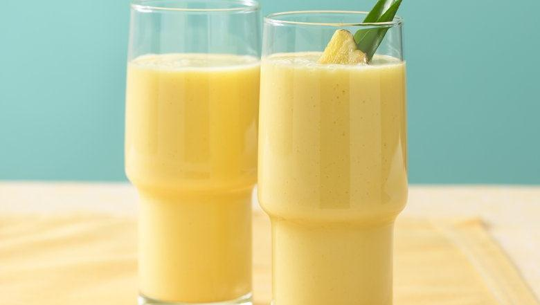 Anti-Inflammatory Pineapple Ginger Smoothie | Raw Edibles