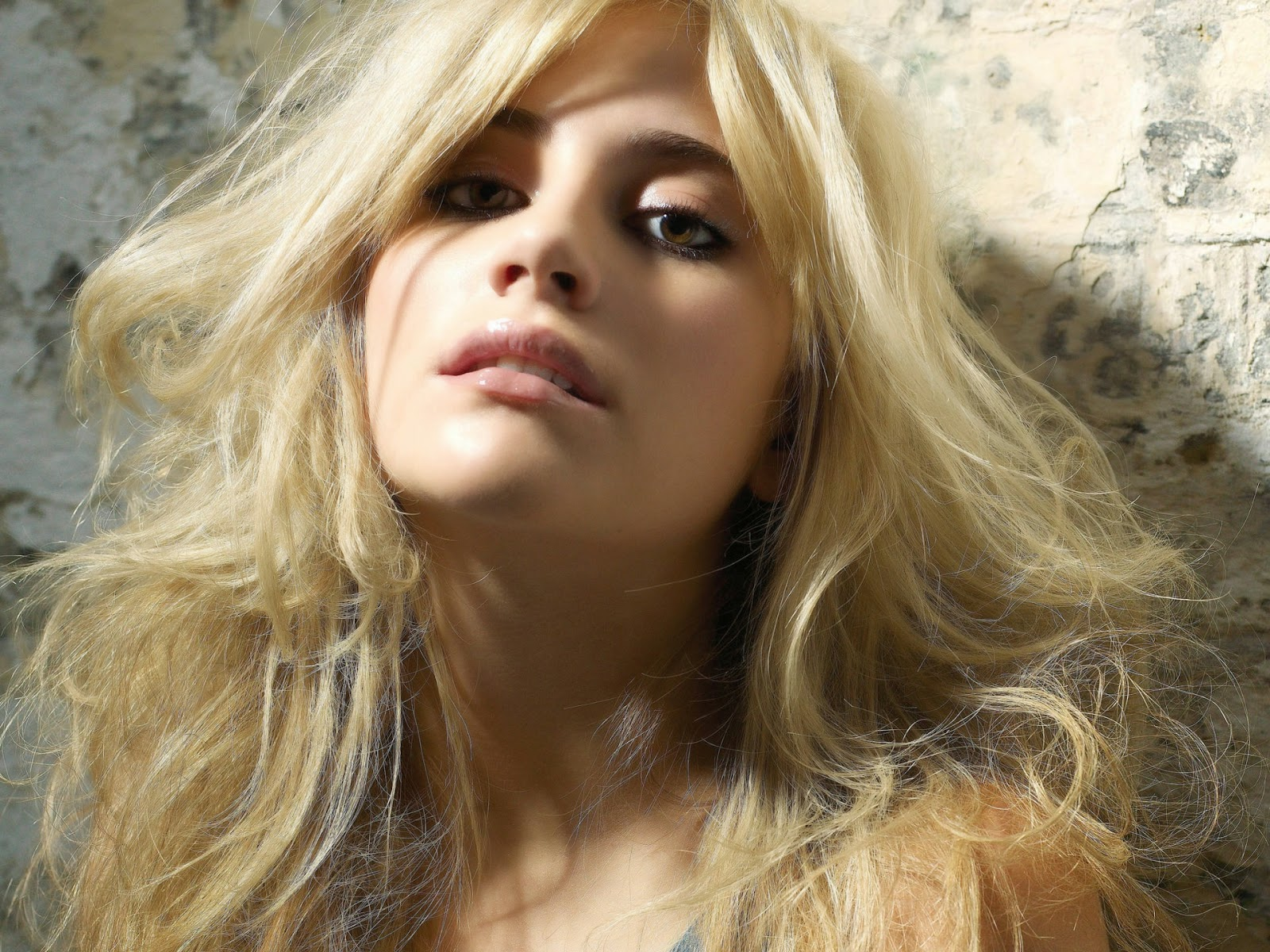 Pixie Lott Wallpapers Free Download