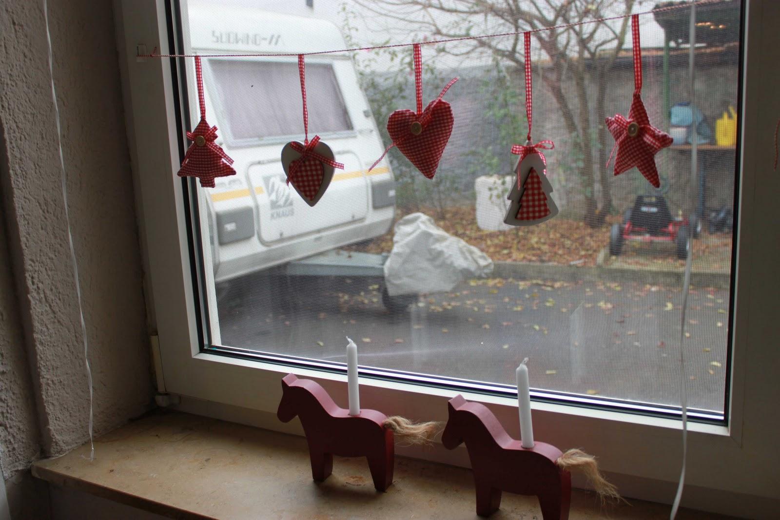 country cottage weihnachtlich dekoriert. Black Bedroom Furniture Sets. Home Design Ideas