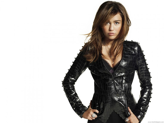 Pop Singer Miley Cyrus Wallpaper-2011