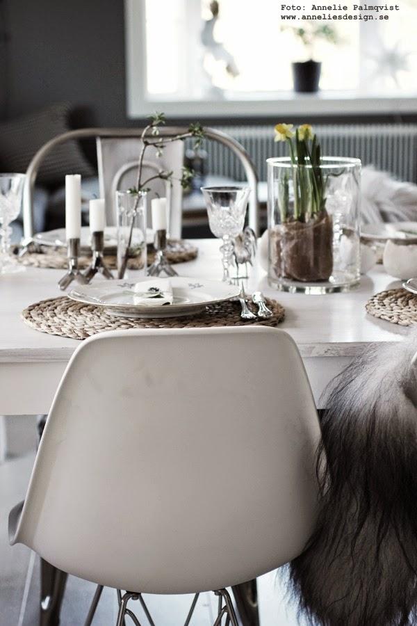 påskdukning, påskdukningar, påsken, påsken 2015, matgrupp, matbord, matstolar, fårskinn från island, isländska skinn, webbutiker, webbutik, webshop, annelies design interior, annelie palmqvist