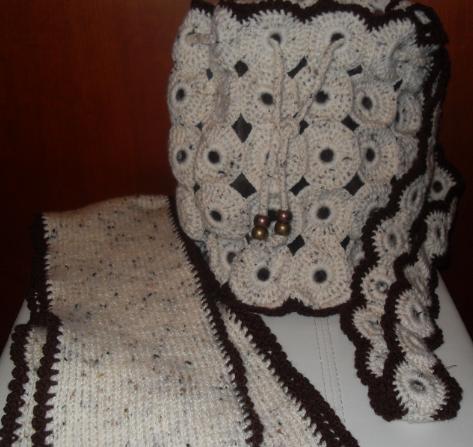 Bolso y Bufanda de chapas y ganchillo | CHAPAS y GANCHILLO