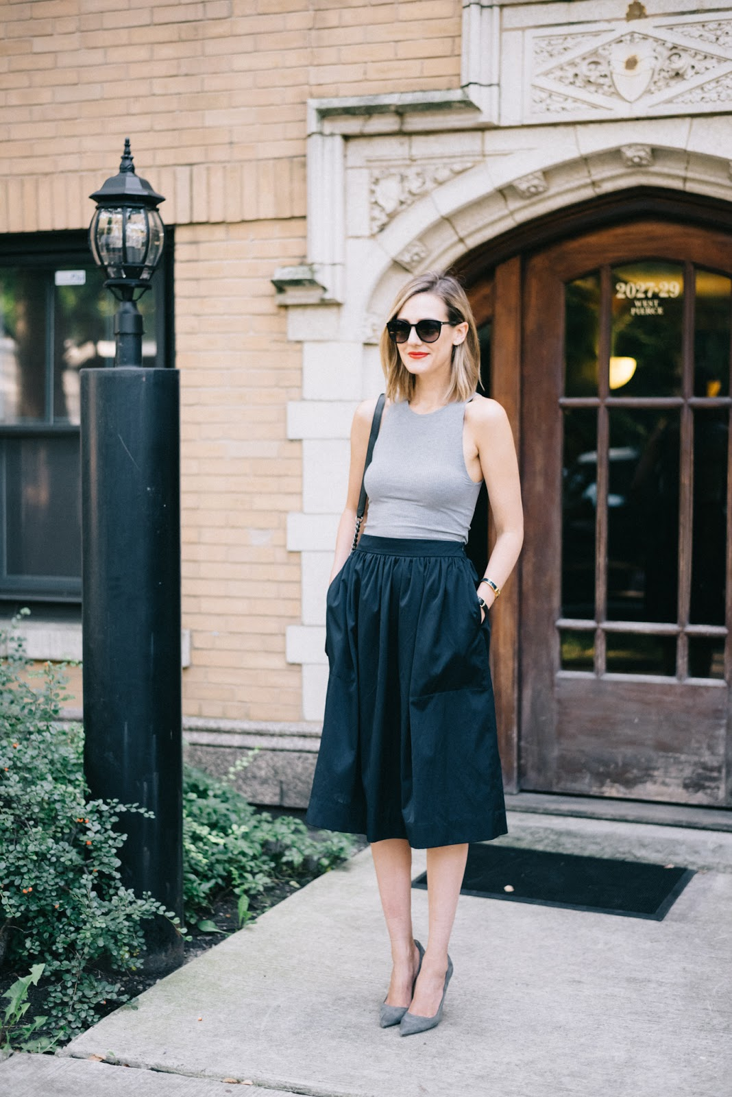 gray tank, navy skirt, chanel bag, manolo blahnik pumps