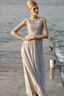 http://www.jddresses.co.uk/buy-uk-appealing-seaboard-straps-appliques-fresh-elegant-chiffon-floor-length-evening-dress-p-93.html