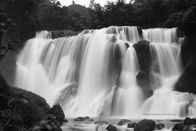 foto Curug Malela di bandung, pemandangan alam indah di kabupaten bandung, gambar pemandangan alam menakjubkan di Indonesia, keajaiban alam khas indonesia