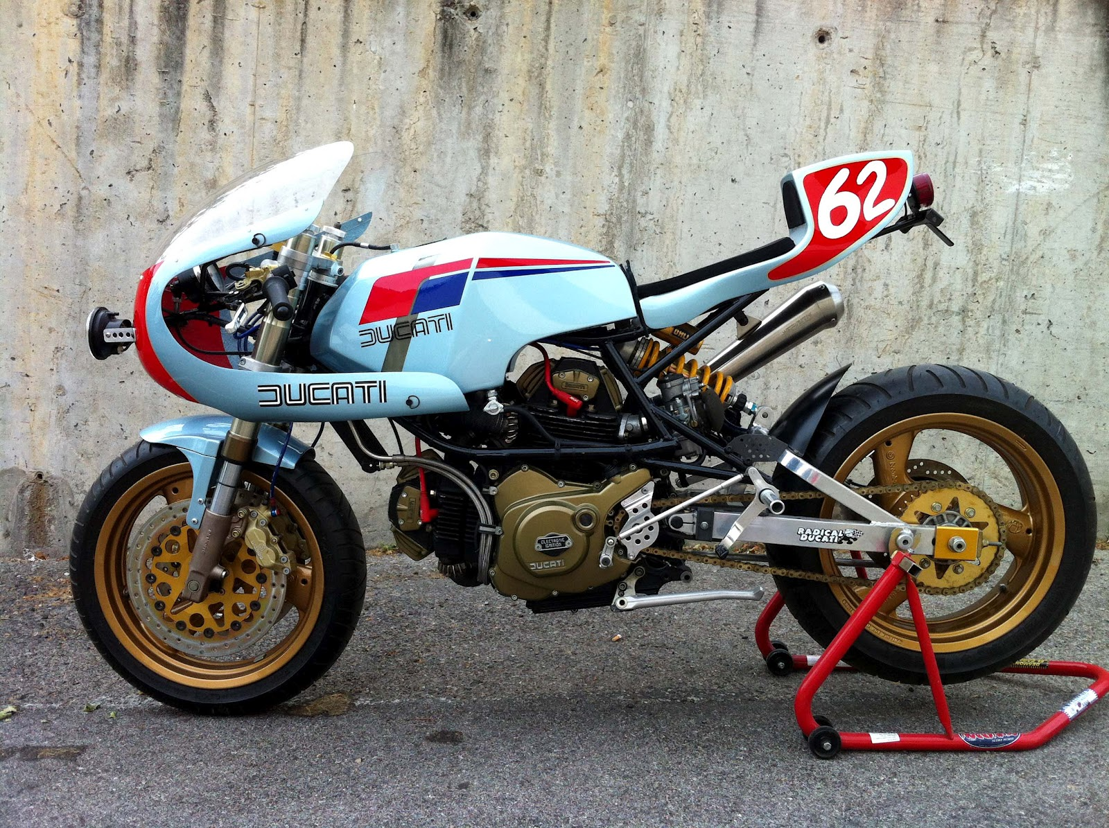 oneveryotherstreet  750 PANTAHSTICA by Radical Ducati
