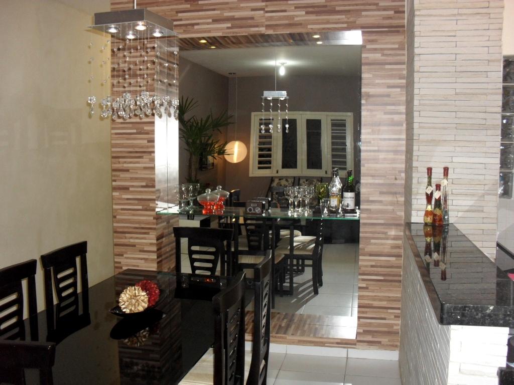 #644939 sábado 27 de agosto de 2011 1024x768 píxeis em Decoração De Sala De Jantar Com Papel De Parede E Espelho