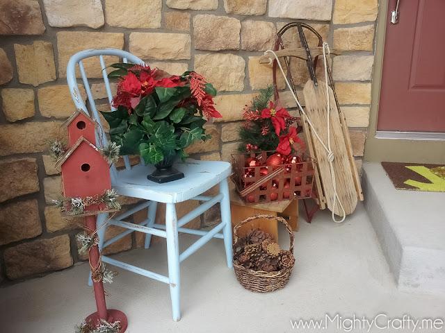 Christmas Porch - www.MightyCrafty.me