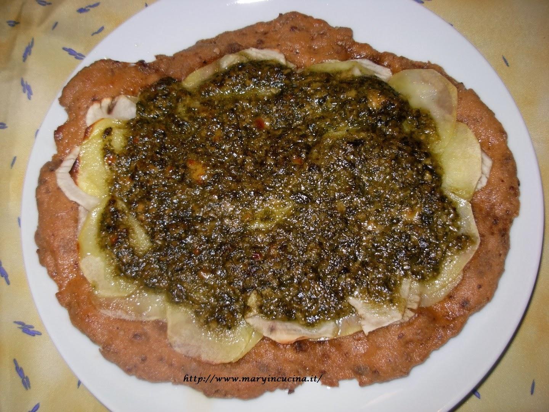 pizza topinambur e patate al profumo di pesto