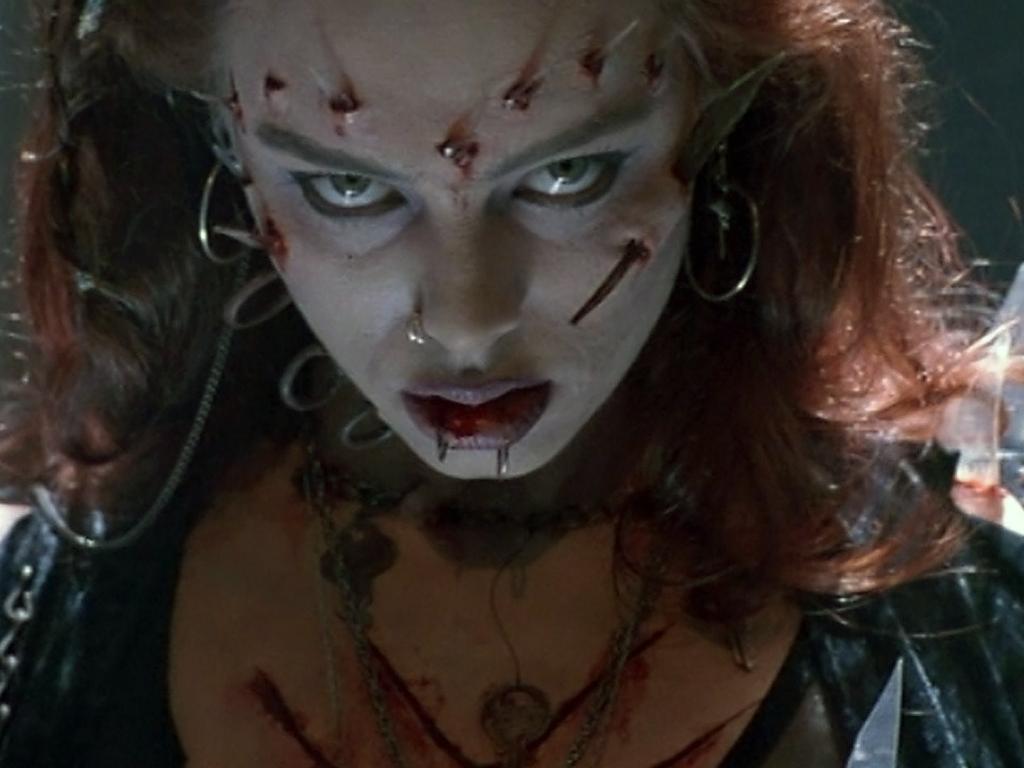 Filme Mortos Vivos with regard to arquivo do morto-vivo: melinda clarke,a atriz de a volta dos