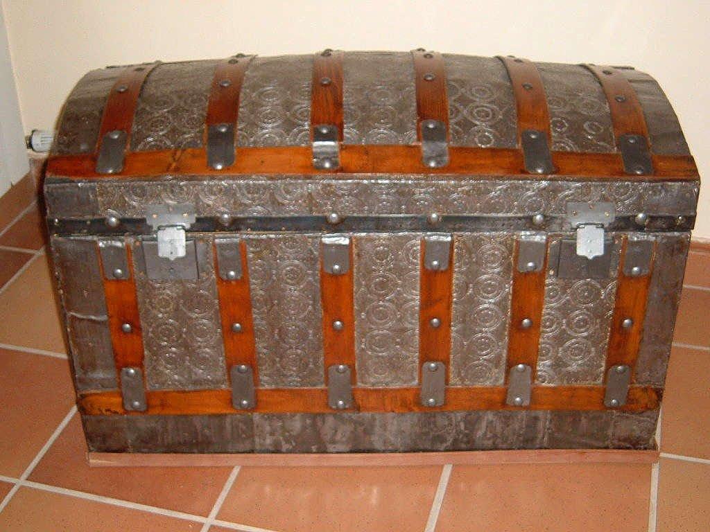Artesania victor garcia restauraci n de muebles - Restaurar baules antiguos ...