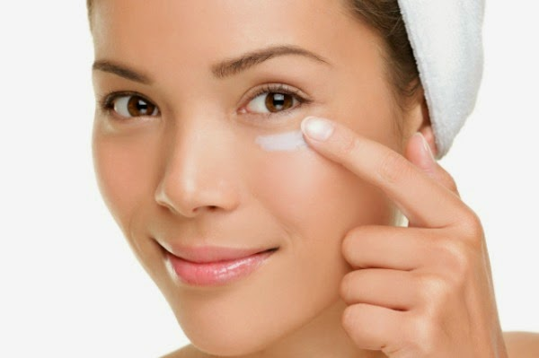 Health Tips for Women - Best Vitamins For Beautiful Skin