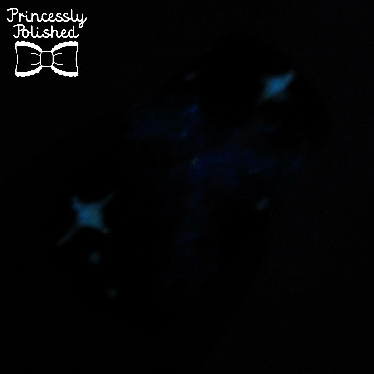 princessly polished glowinthedark galaxy manicure