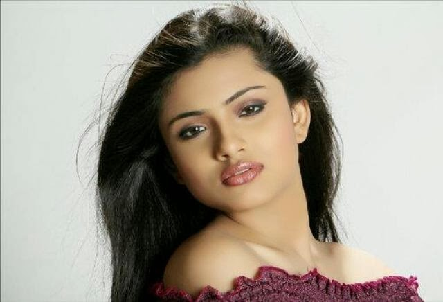 Shritama mukherjee wallpapers