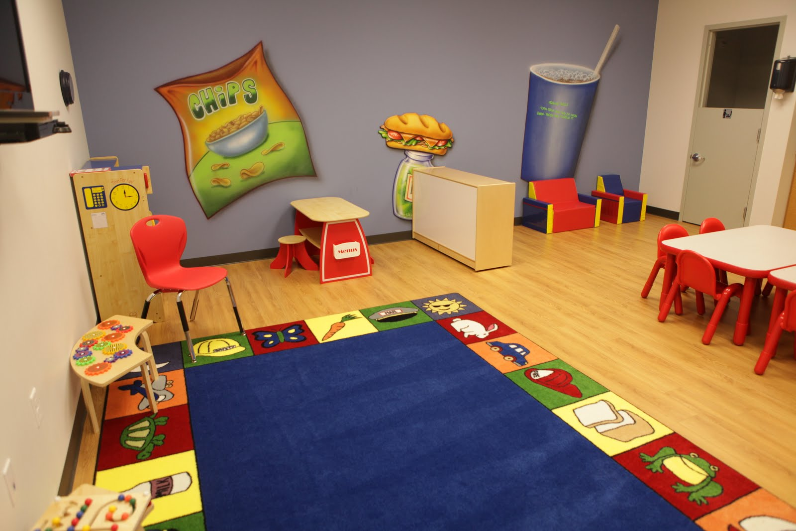 Children's Church Classroom Designs http://worldsofwow.blogspot.com/2011/05/north-monroe-baptist-church.html