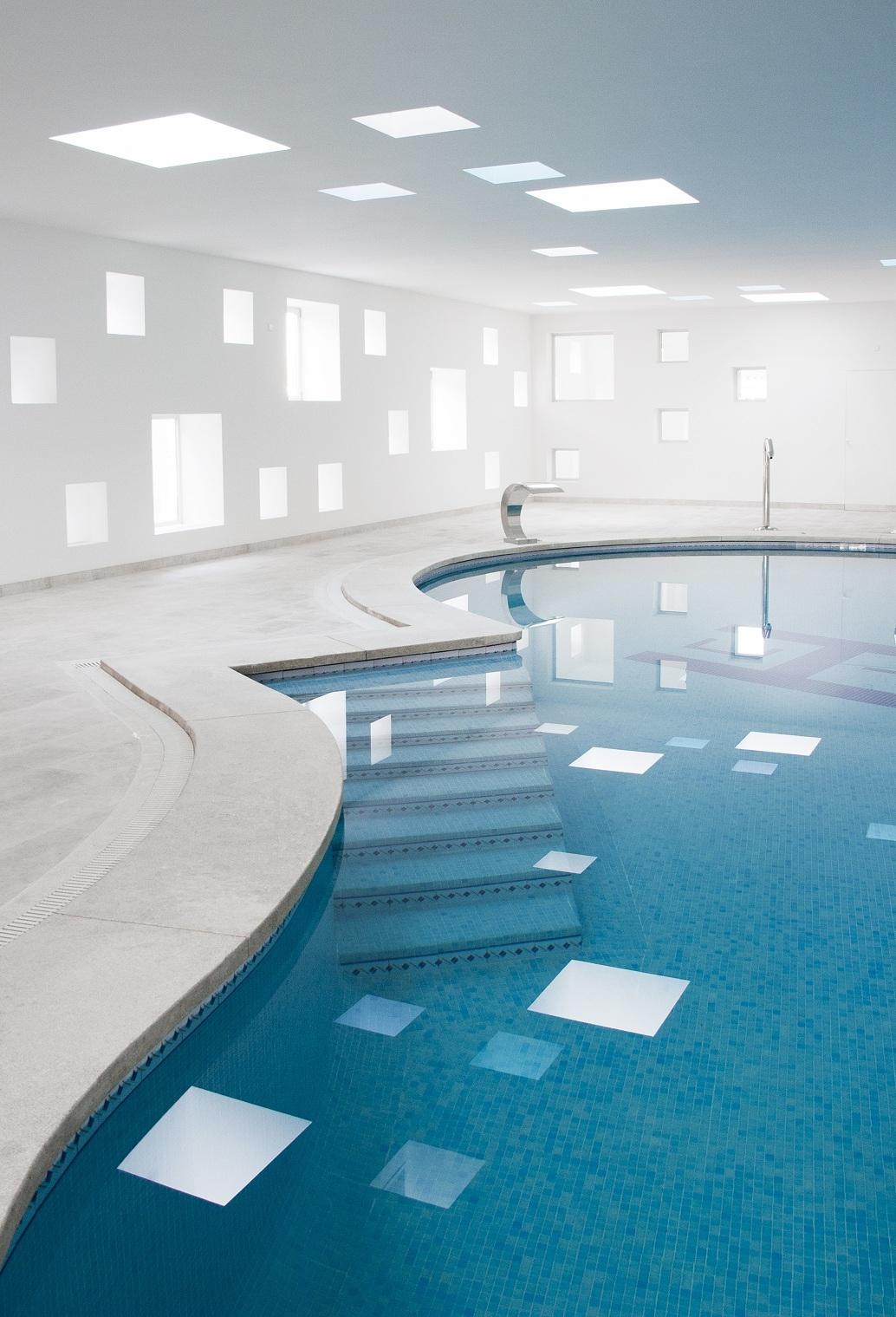 Piscina y spa para un hotel en mallorca de a2arquitectos - Piscinas y spas ...