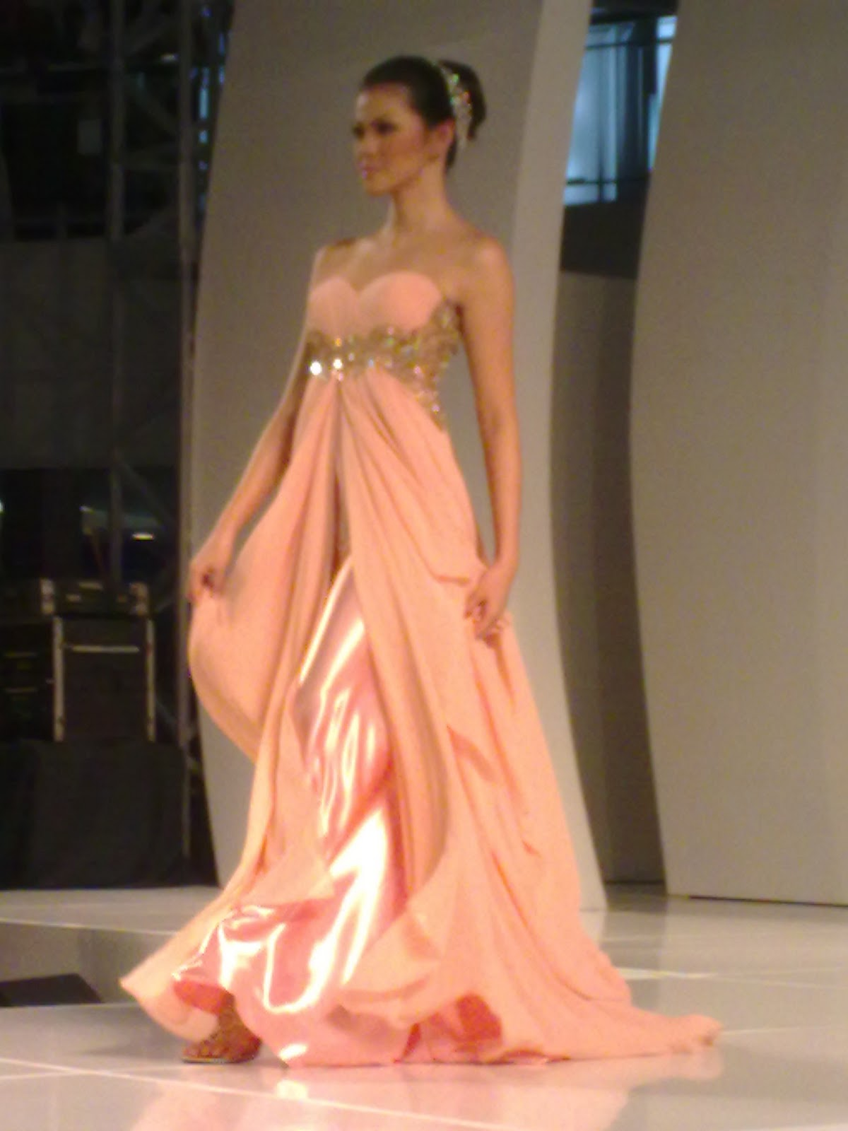 modern kebaya dress 2011 flaxen.