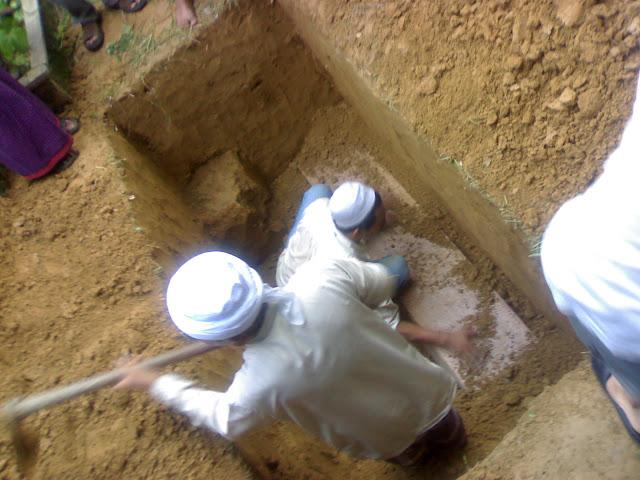 Nasehat Abu Darda tentang Alam Kubur dan Dua Malaikat
