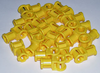 LEGO 20 Yellow Technic Axle Connectors with Axle Hole 42000