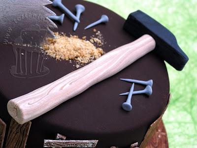 Tischler Schreiner Torte carpenter cake hammer zucker