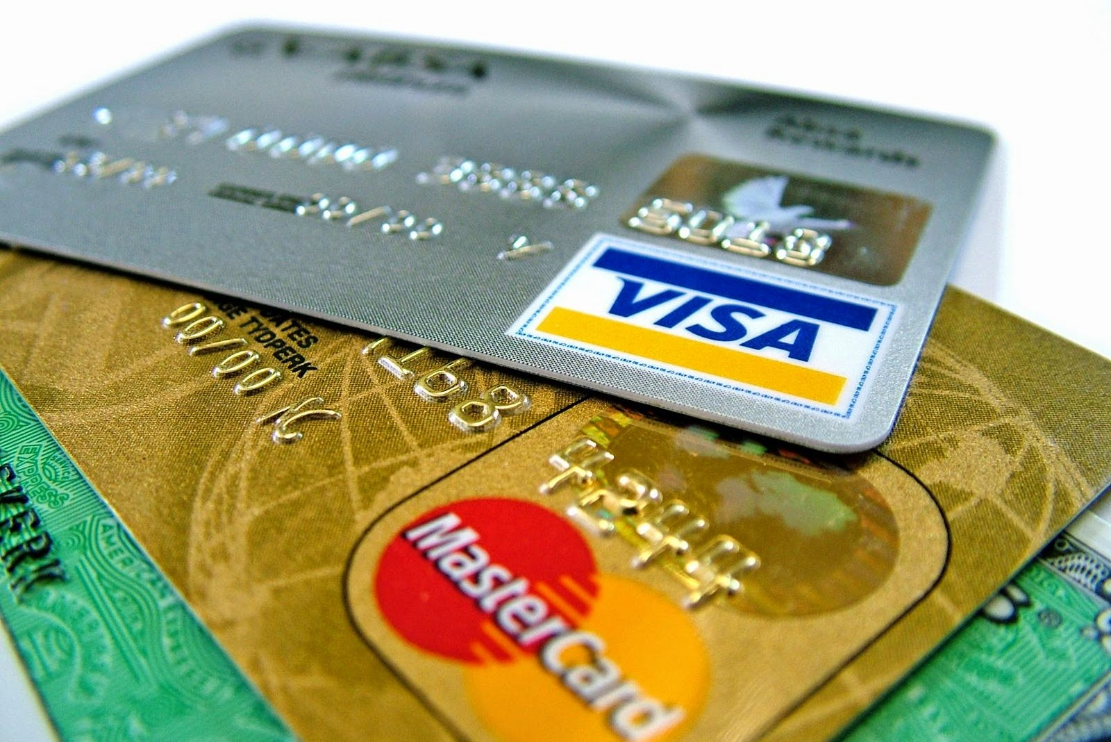 reasons to use credit cards