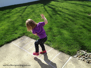 how to make hopscotch with chalk