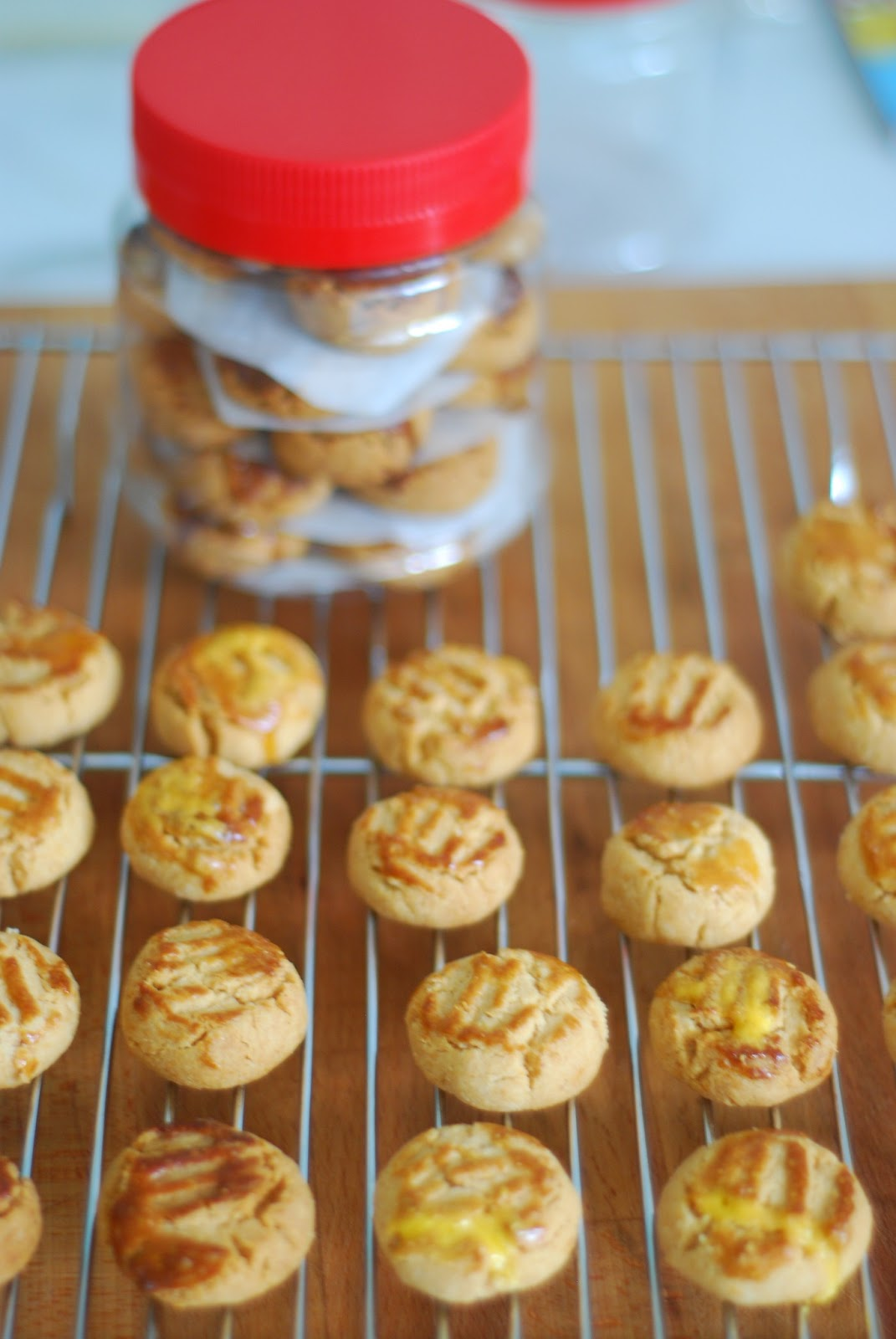 Only slightly pretentious food recipe chinese new year peanut cookies recipe chinese new year peanut cookies forumfinder Gallery