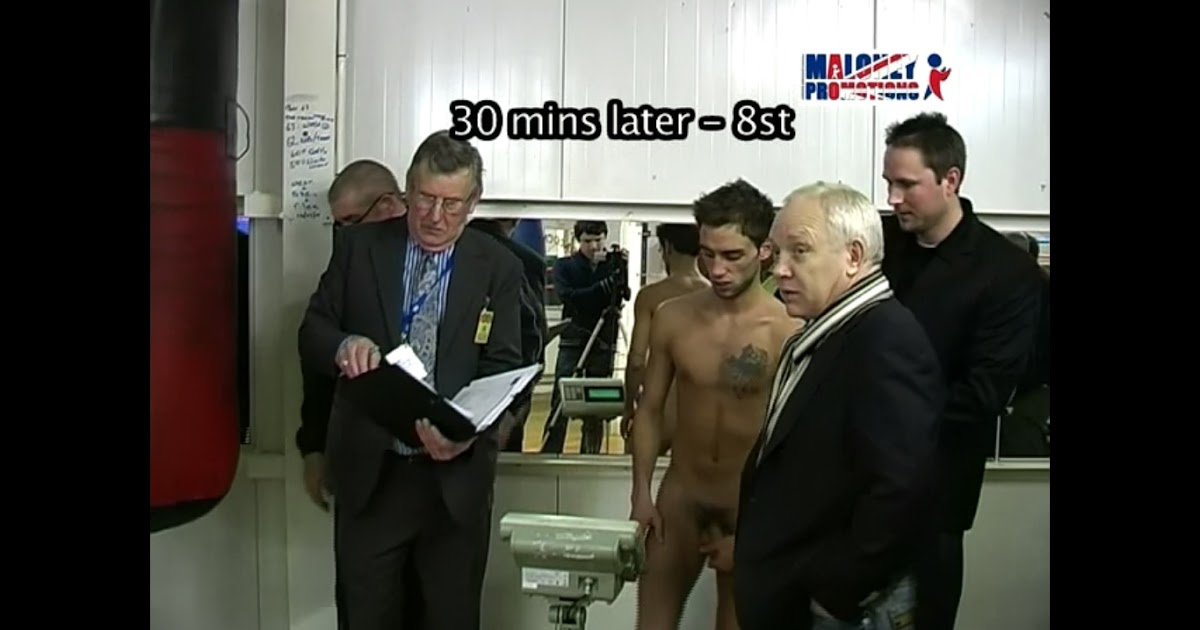 Wrestlers weigh in nude