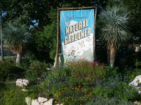 Gardening In Austin Support Your Independent Nursery The Natural Gardener