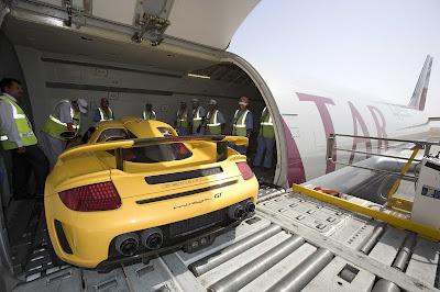 Qatar Airways cargo service