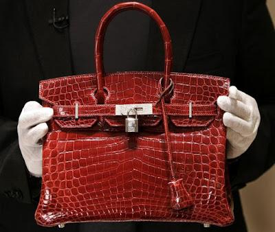 A $129,000  crocodile-skin Hermes Birkin Bag on June 21, 2007 (AFP Photo)