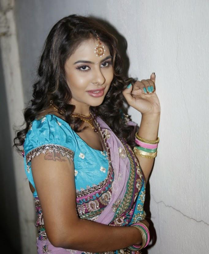 aunty  doodhwali Kannada