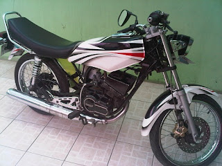 modifikasi rx king warna hitam