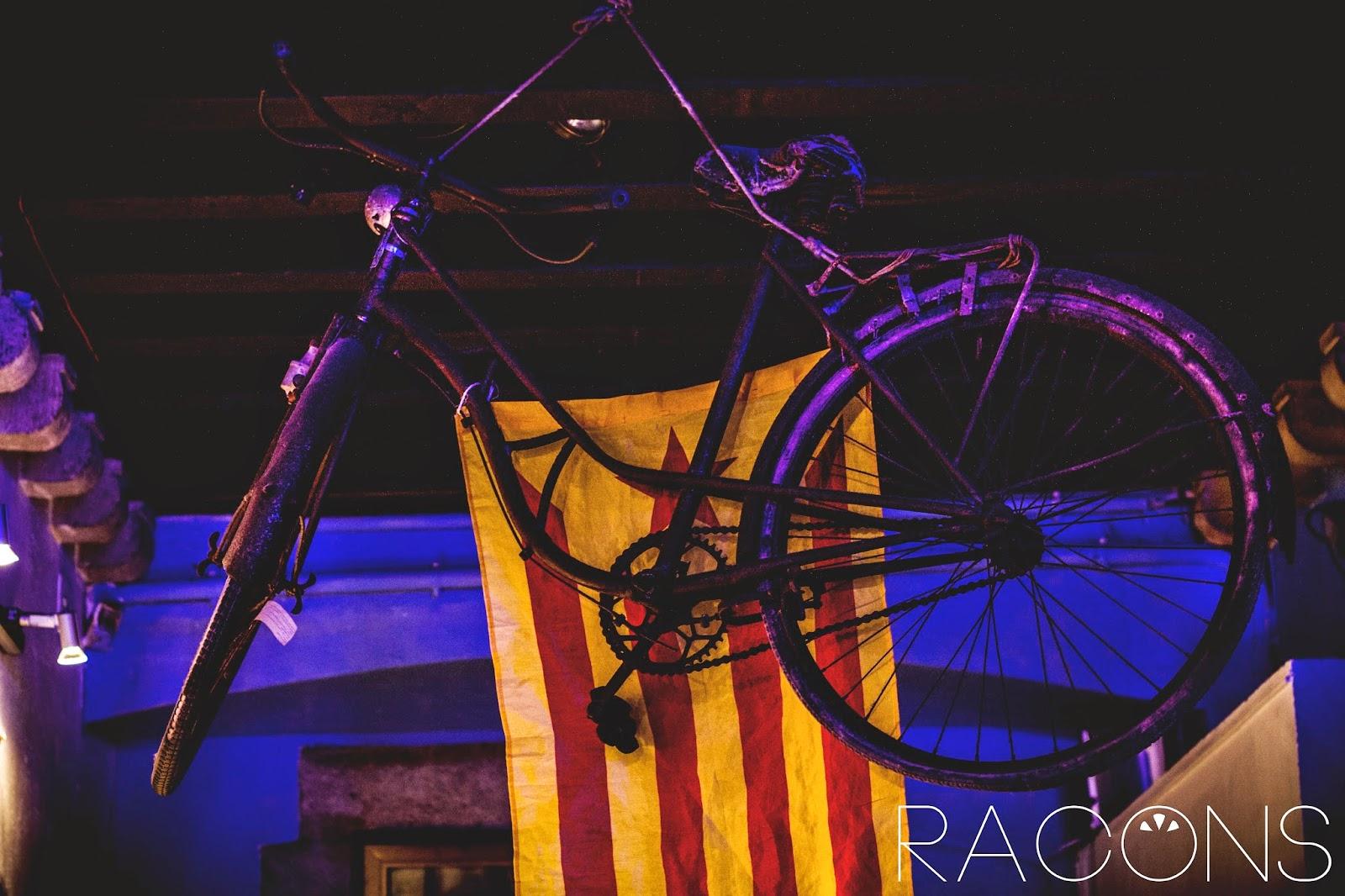 bicicleta sostre decoració el cercle girona cultura begudes
