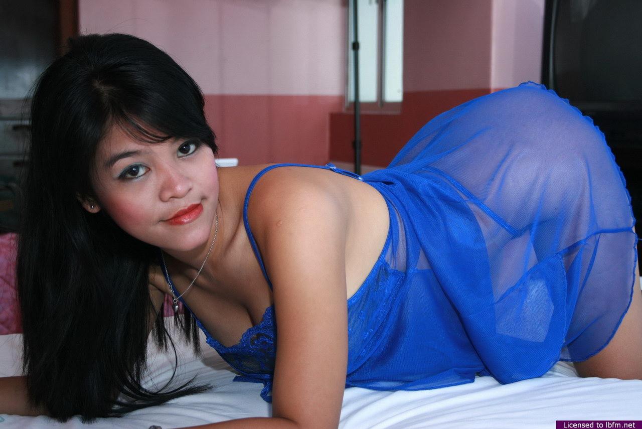 karyawati bugil telanjang