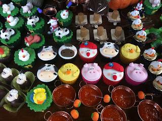 doce cupcake decorado fazendinha