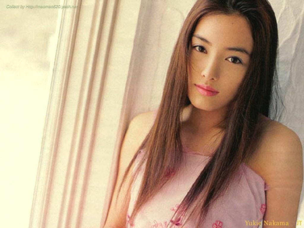 http://4.bp.blogspot.com/-ffgHYP9OaT0/UAnwG6o2BMI/AAAAAAAAKNQ/7Iep7aDMPko/s1600/Yukie-Nakama-hot+(8).jpg