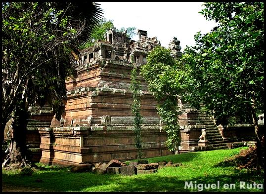 Phimeanakas-Angkor-templos-1