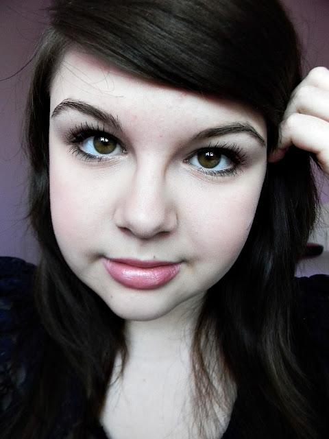 Dzienny makijaż.